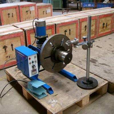 Mesa elevatória eletro hidráulica