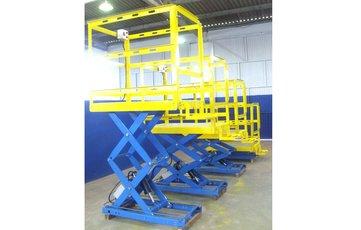 Plataforma elevatória industrial